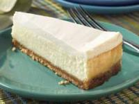 Sour_Cream-Topped_Cheesecake.jpg